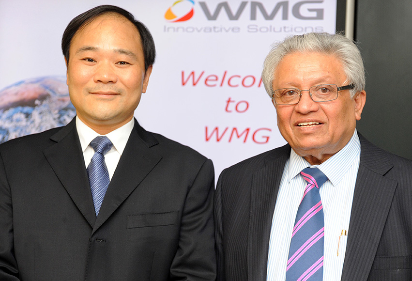 warwick manufacturing group, Professor Lord Kumar Bhattcharyy, with Li S...